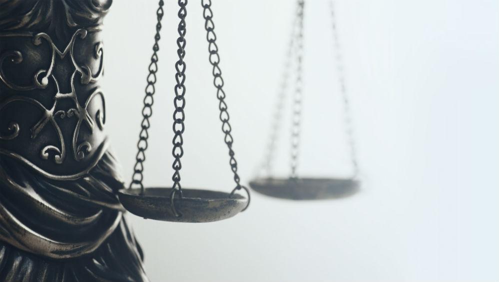 האב עתר נגד האם למזונות זמניים – מה קבע בית המשפט?